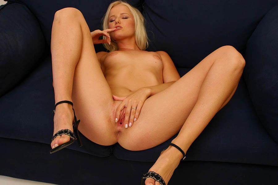 Holly hendrix bdsm